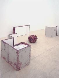 Museum of in Between meets L'Art pour L'Art